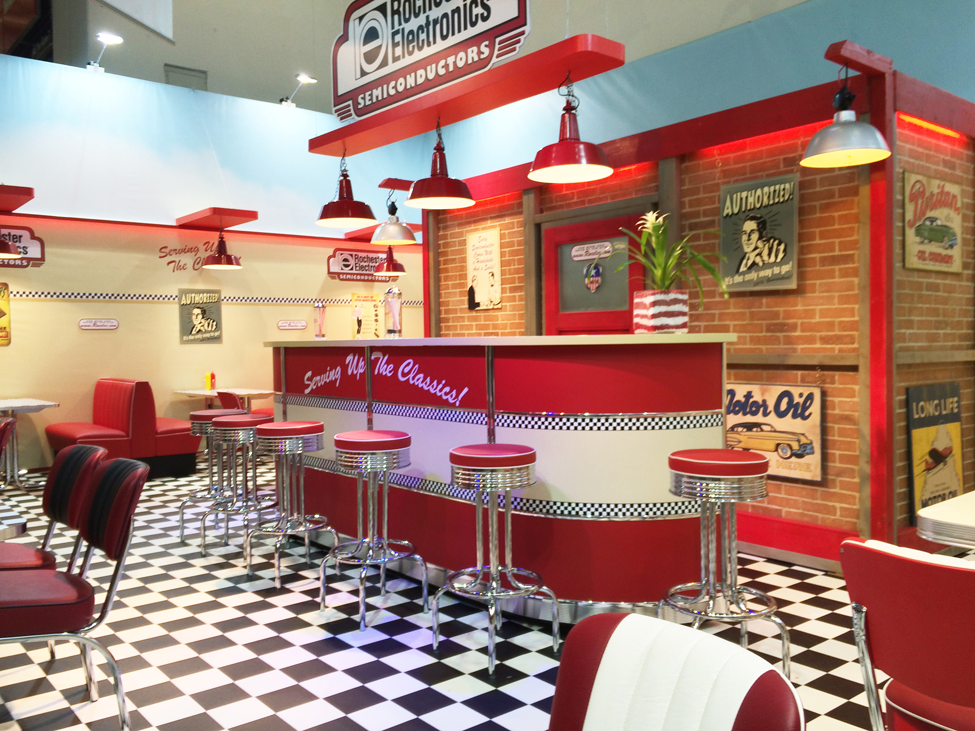 american diner style electronica munich. Black Bedroom Furniture Sets. Home Design Ideas